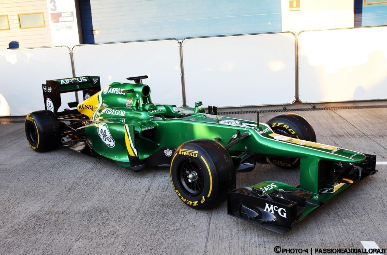 Caterham CT03 presentata a Jerez