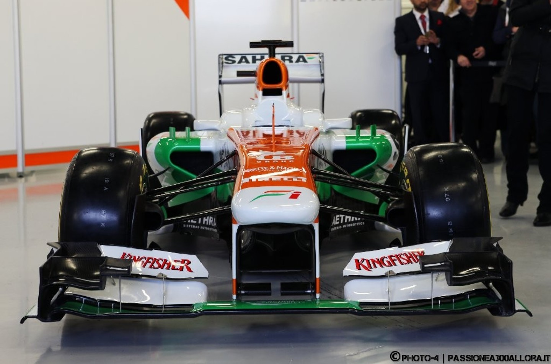 Force India VJM06, pronta a metà. Chi offre di più?