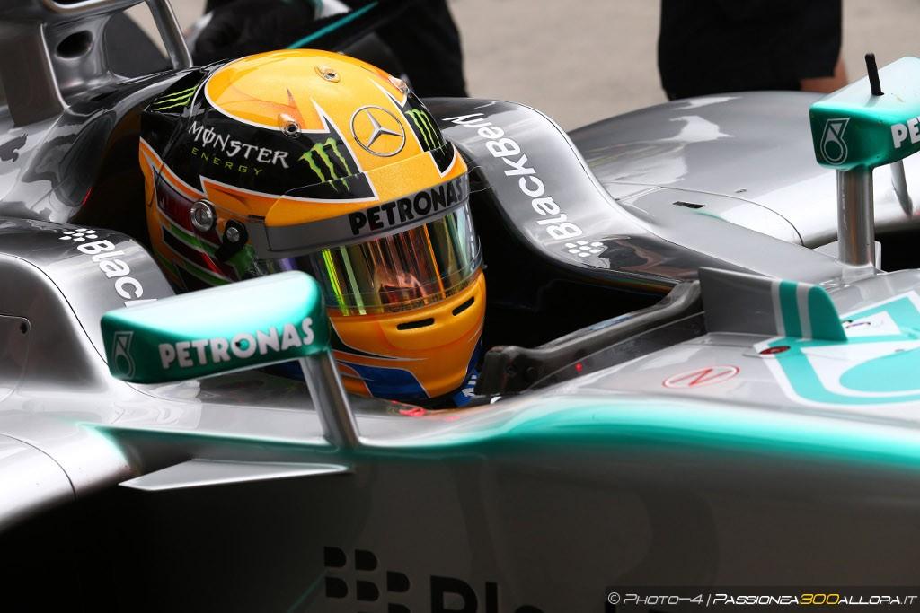 Libere 1 al Nurburgring: Hamilton al comando davanti a Rosberg