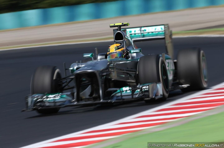 Lewis Hamilton conquista la Pole del Gp d'Ungheria 2013