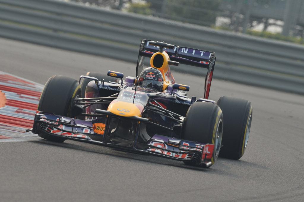 Sebastian Vettel vince in India. E' Campione del Mondo per la 4a volta.
