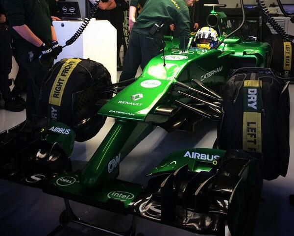 Caterham CT05 al debutto a Jerez