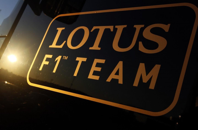 Lotus, periodo no: pagata in ritardo l'iscrizione al mondiale 2015
