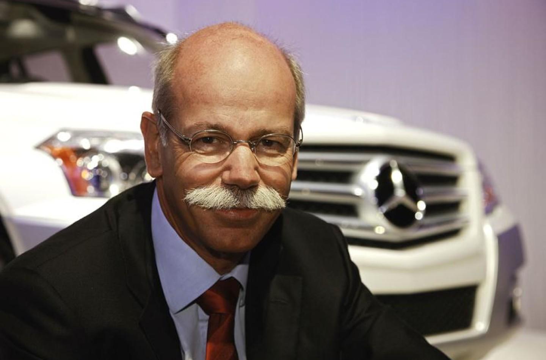 """Dieter Zetsche: """"La F1 in mano a professionisti dei nuovi media"""""""