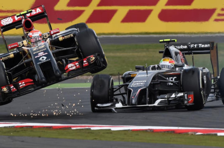 Esteban Gutierrez penalizzato per l'incidente con Pastor Maldonado