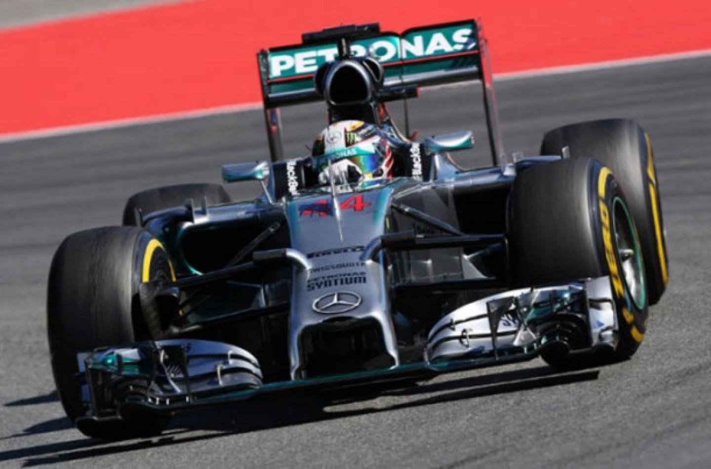 GP d'Ungheria, libere 1: Hamilton ok, paura per Perez