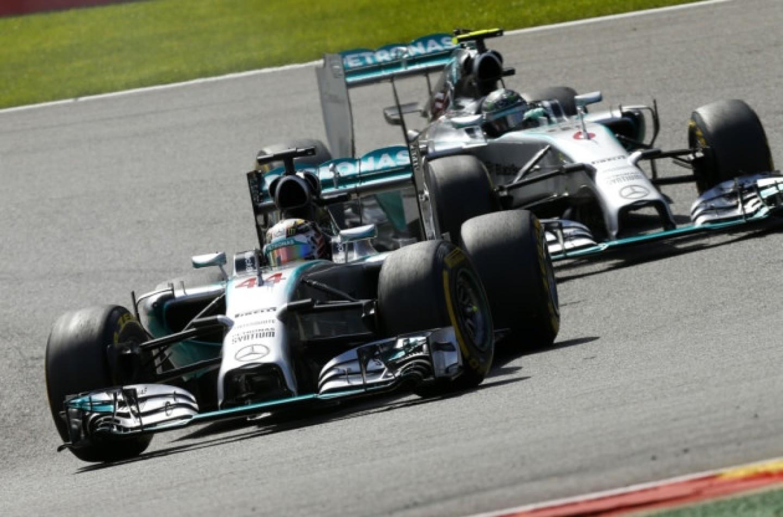 Gp di Abu Dhabi, libere 2: ancora Hamilton davanti