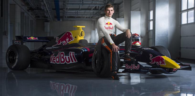 Toro Rosso: Max Verstappen alla guida di una STR7