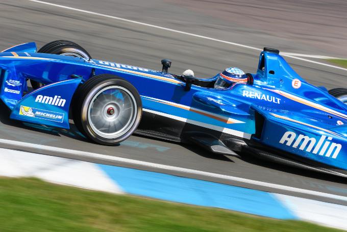 Formula E: Michelin fornirore unico fino al 2018/2019