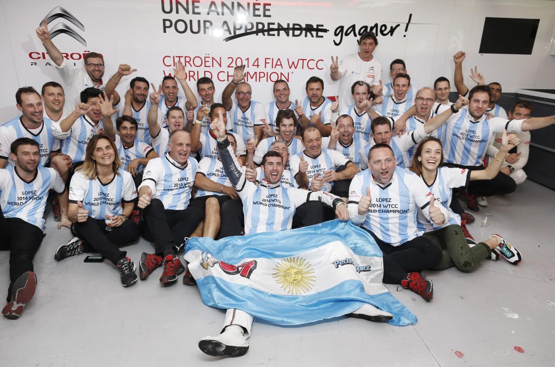 WTCC 2015: tutti contro Citroën