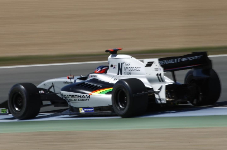 Formula Renault 3.5 Jerez: Stevens in pole, in difficoltà Merhi e Sainz jr.