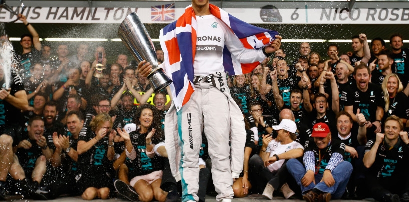 Mercedes: quasi 5 milioni di dollari per iscriversi al mondiale 2015