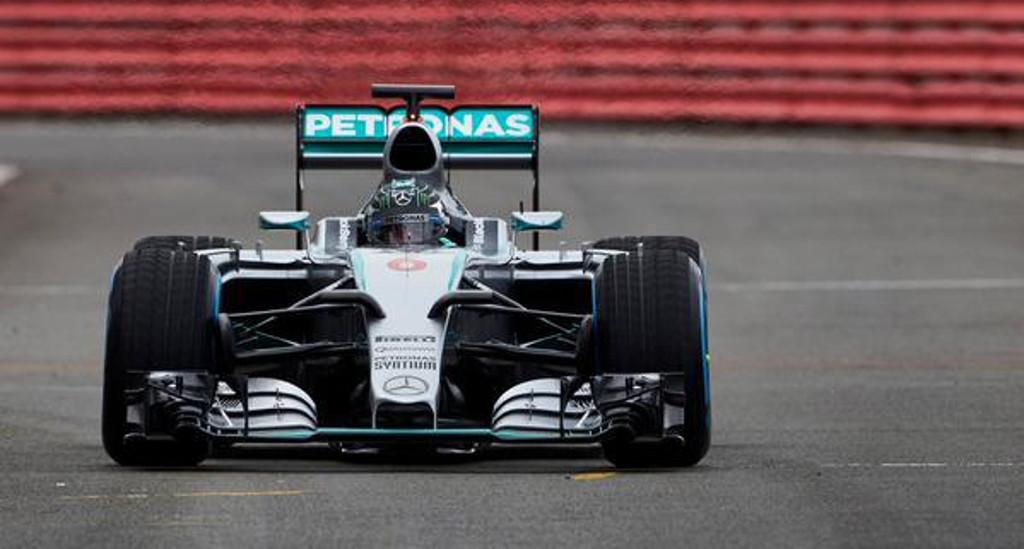 Test F1 a Jerez: Mercedes già sugli scudi