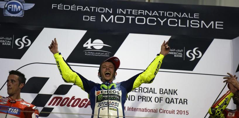 Tris italiano in Qatar: Rossi vince davanti alle Ducati