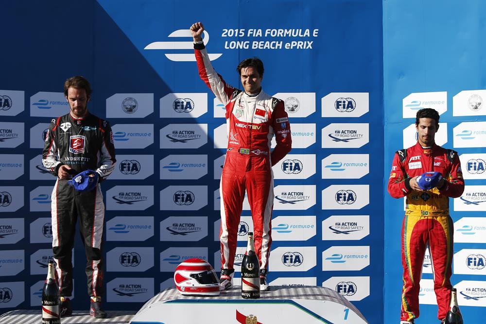 Formula E Long Beach: Piquet emula il padre e vede la leadership