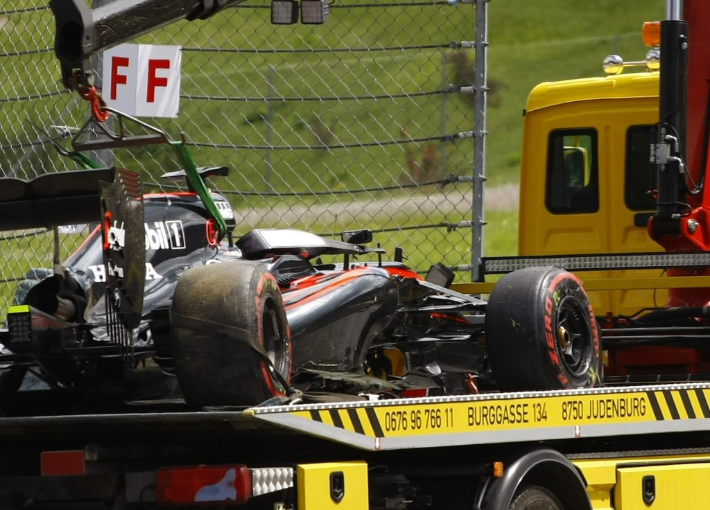 21.06.2015- Race, Fernando Alonso (ESP) McLaren Honda MP4-30 retired