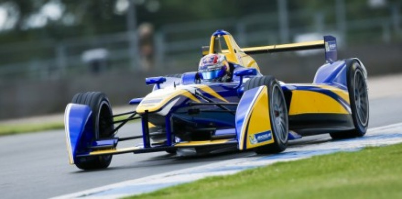 Formula E: Sébastien Buemi da record a Donington