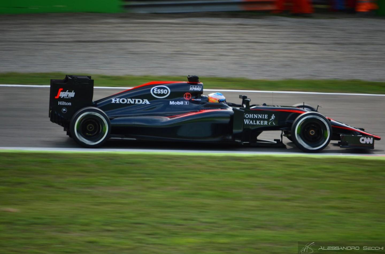 Alonso concentrato sull'affidabilità in Russia