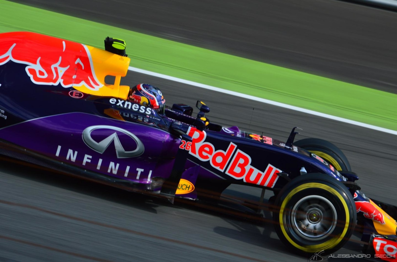 F1 | Retromarcia sui motori 2016: permessi sviluppi e specifiche 2015