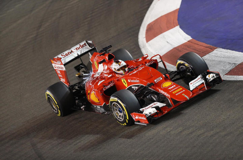 Sebastian Vettel trionfa a Singapore davanti a Ricciardo e Raikkonen!