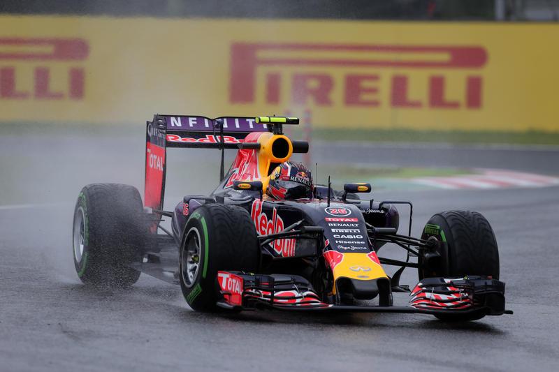 GP del Giappone, libere 2: Kvyat doma la pioggia