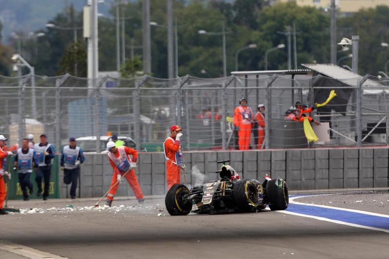 Lotus investigherà sull'incidente di Grosjean nel GP di Russia