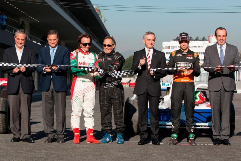 Perez e Fittipaldi 'riaprono' l'Autodromo Hermanos Rodriguez