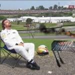 F1   #PlacesAlonsoWouldRatherBe, l'hashtag che consola Fernando 1