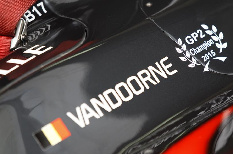 GP2   Sakhir: Vandoorne dilaga in gara-1, Marciello sfiora il podio