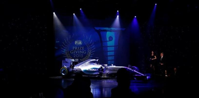 F1 | Hamilton e Verstappen le star della serata Premi FIA
