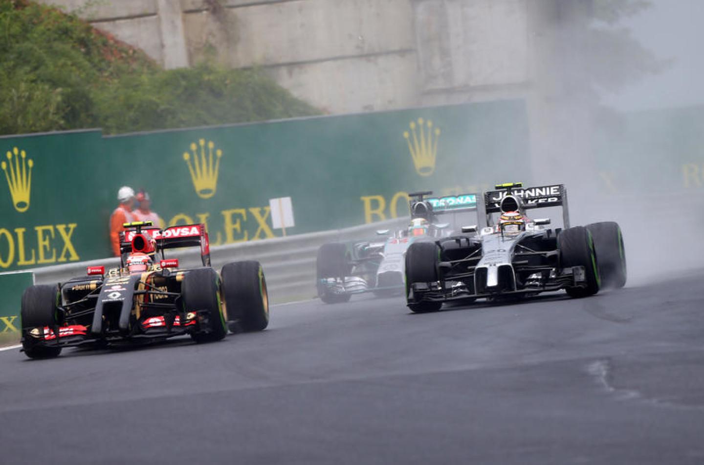 F1   Maldonado in dubbio per il 2016, arriva Magnussen?