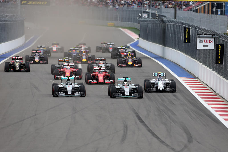 F1 | Le squadre approvano le qualifiche ad eliminazione