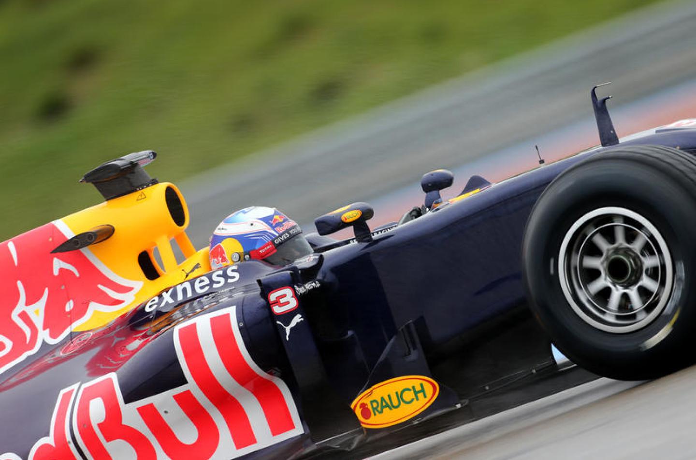 """F1   Ricciardo il più """"veloce"""" nella prima giornata a Le Castellet"""