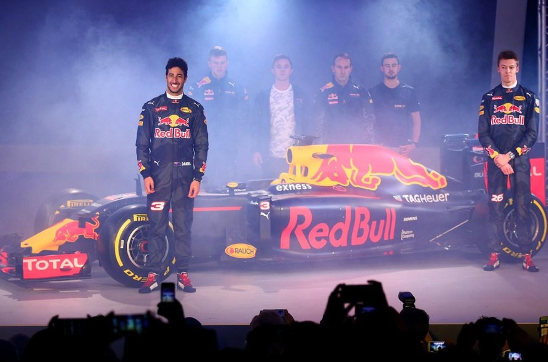 F1 | Red Bull: presentata la livrea della nuova RB12