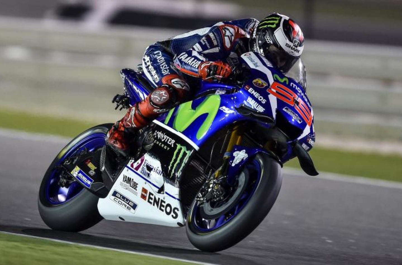 MotoGP | GP Valencia, Lorenzo saluta la Yamaha con una vittoria. 2° Márquez, 3° Iannone