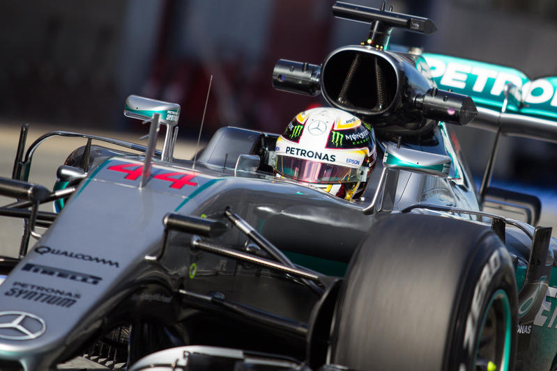 F1 | GP Spagna, Hamilton in pole su Rosberg, Red Bull in seconda fila