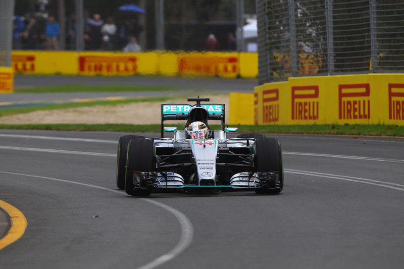 F1 | GP d'Australia, FP2: ancora Hamilton davanti a tutti