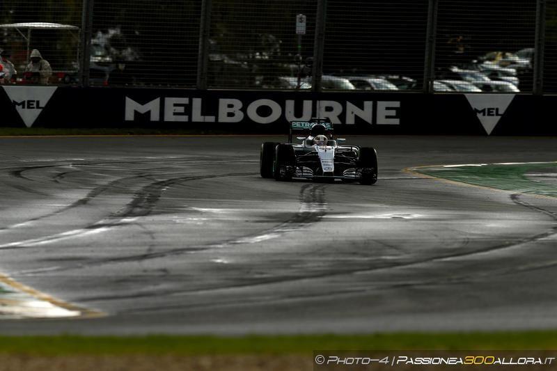 F1 | GP d'Australia, FP3: Mercedes davanti con Hamilton e Rosberg