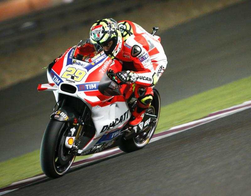 MotoGP | GP Austria: Iannone in pole, prima fila tutta italiana