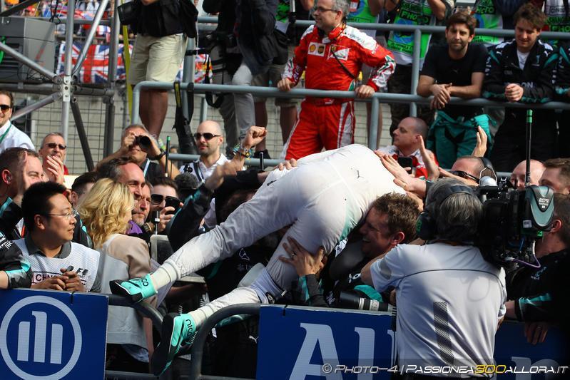 F1 | Ritiro Rosberg: la reazione dei colleghi