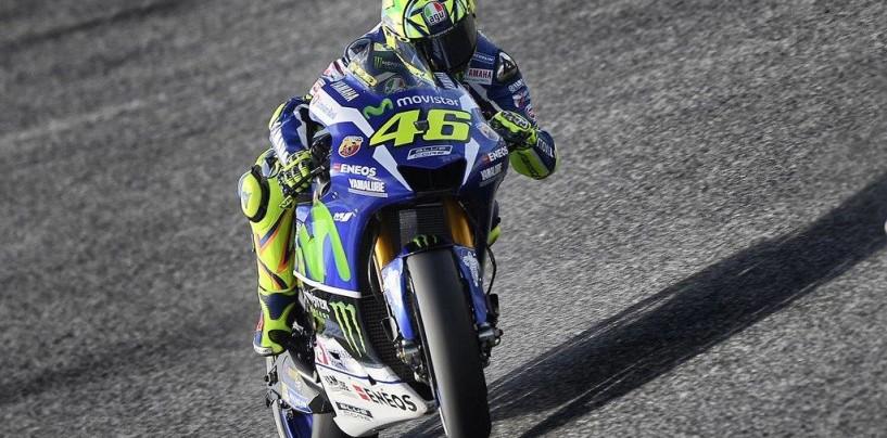 MotoGP | Rossi batte Marquez e vince a Barcellona. Iannone stende Lorenzo