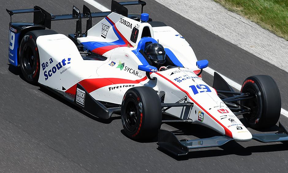 Indycar | Chaves al comando nelle libere di giovedì
