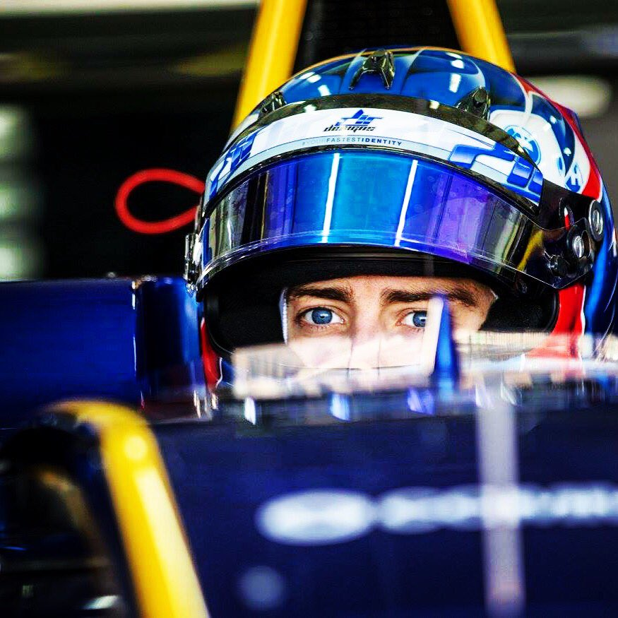 GP3 | Barcellona, Hughes in pole position