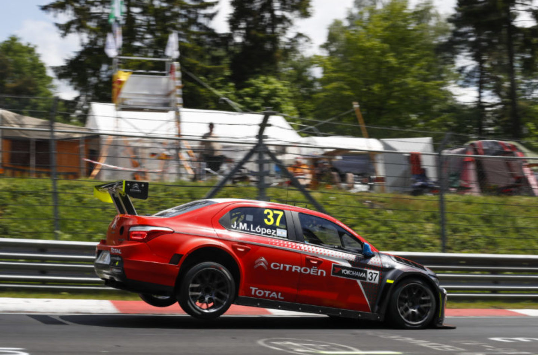 WTCC | Germania: doppietta per López, incidente per Monteiro e Muller
