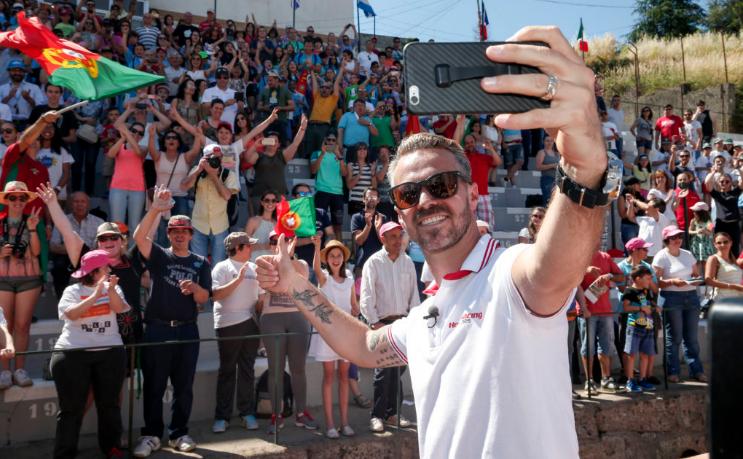 WTCC   Portogallo: pole casalinga per Tiago Monteiro