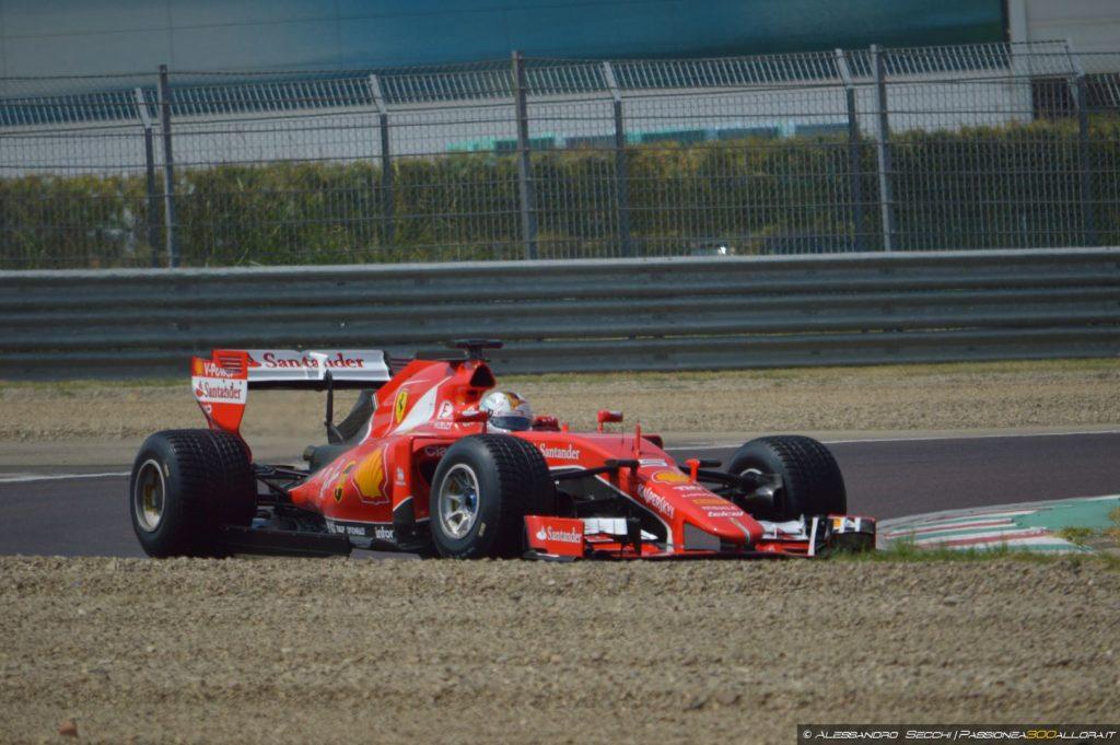 F1 | Vettel porta in pista a Fiorano le Pirelli 2017