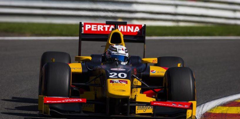 """<span class=""""entry-title-primary"""">Giovi-Ferrari sperando che il volante non diventi un microfono</span> <span class=""""entry-subtitle"""">La Ferrari ora ha l'obbligo di investire sul pilota italiano</span>"""