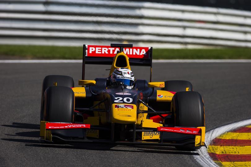 Giovi-Ferrari sperando che il volante non diventi un microfono