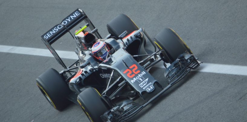 F1 | Jenson Button 3° pilota Mclaren nel 2017, Vandoorne promosso titolare