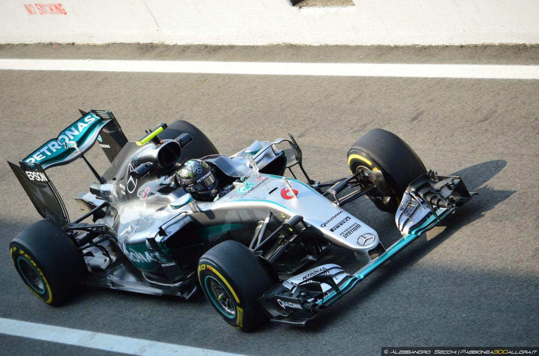 F1 | Nico Rosberg vince il GP d'Italia davanti a Hamilton e Vettel